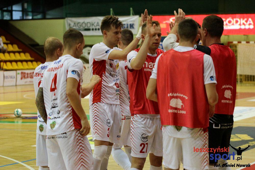 Bez punktów w Lesznie. Futsaliści MOKS na tarczy.